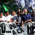 Unidos y organizados, marcha contra la gestión Pro