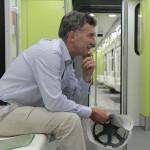 Los vagones de Macri que traen cola