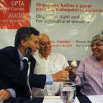 Macri recibe a Moyano y Barrionuevo para analizar la inflación