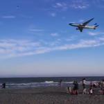 Sorpresa en la playa por vuelo de Aerolíneas (VIDEO)