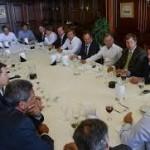 Scioli, reunido con intendentes, ultimó detalles del proyecto sobre la policía comunal