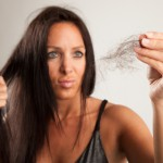 Mitos y verdades sobre la caída del pelo