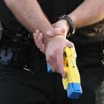 La Policía Metropolitana fue autorizada para utilizar las polémicas pistolas eléctricas