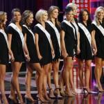 Quieren prohibir concursos de belleza por considerarlos discriminatorios