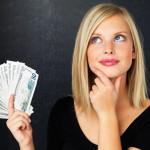Las mujeres son mejores administradoras, aunque el control de la billetera sigue estando bajo control masculino