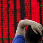 Por primera vez en su historia, cierra la bolsa de comercio china por las fuertes caídas