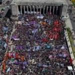 Reivindicación feminista: Una multitud de mujeres se reunió en Rosario para reclamar por derechos e igualdad