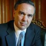 Pichetto presentó un proyecto para limitar el ingreso de inmigrantes con antecedentes