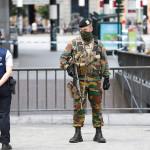 Bruselas: Detuvieron a un terrorista que portaba un cinturón de explosivos en una estación de trenes