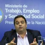 Para fomentar el empleo, el Gobierno analiza una reforma de flexibilización laboral