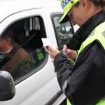 Multas: 2.450 agentes de tránsito confeccionarán las infracciones desde dispositivos móviles