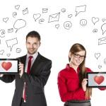 El amor en tiempos tecnológicos: Facilidad para crear vínculos, rapidez para romperlos