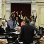 Paridad por ley: El Congreso amplió del 30 al 50% la representación de la mujer en los cargos nacionales electivos
