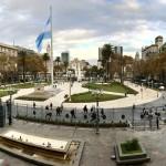 Renovada: Concluyeron las obras de puesta en valor de La Plaza de Mayo