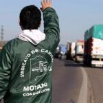 Comenzó el paro nacional de camioneros en reclamo de un aumento salarial del 27%