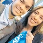 Vidal tomó partido: Posó con un pañuelo celeste, la insignia de los militantes contra la despenalización del aborto