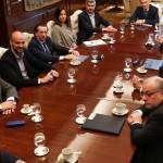 El nuevo gabinete, cierre de ministerios y reciclado de funcionarios