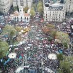 Multitudinaria marcha de la CGT contra las políticas económicas macristas