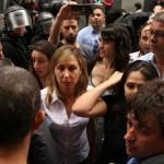 """Myriam Bregman:""""Si Santilli va a ser el jefe de Seguridad, que explique quién nos gaseó y golpeó en la sesión por Unicaba"""""""