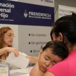 Oficializaron el aumento del 46% a la Asignación Universal por Hijo y por embarazo