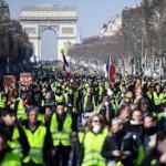 Macron prohibió las protestas de los chalecos amarillos en varios puntos de París