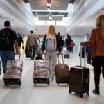 Más de 9.200 jóvenes abandonaron el país