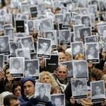"""A 25 años del ataque a la AMIA, la comunidad judía renovó el pedido de justicia: """"El dolor permanece igual que en 1994"""""""