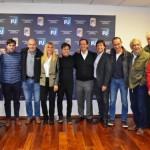 Kicillof prepara una cumbre con intendentes peronistas para organizar la campaña