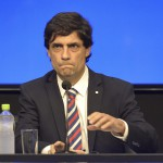 Ministro Lacunza anunció la reestructuración de la deuda 28 Agosto 2019