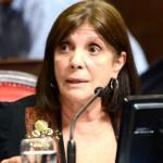 """Teresa García: """"Estaré como gobernadora interina hasta el miércoles a la mañana, que asumen Kicillof y Magario"""""""