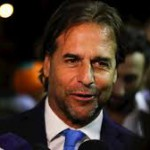 El presidente electo Lacalle Pou quiere que 100.000 argentinos se muden a Uruguay: planea flexibilizar regulaciones para empresarios y fondos locales