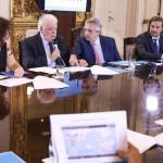Coronavirus y petróleo: dos crisis inesperadas alteran la gestión del Gobierno y el Congreso