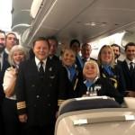 """Un piloto de Aerolíneas Argentinas brindó un emotivo mensaje a los pasajeros repatriados: """"Nos sentimos orgullosos de servirle a la patria""""."""