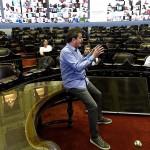 Massa recorrió el recinto de la Cámara para observar los aprestos de la sesión remota