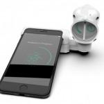 Desarrollan un sensor que se conecta al celular para detectar la presencia de coronavirus en un minuto