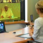 El Papa encabezó un encuentro virtual con Fabiola Yañez y otras primeras damas de Latinoamérica