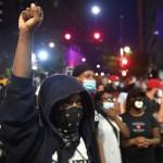 Asesinato de George Floyd: Multitudinarias movilizaciones en 15 estados contra la violencia racial
