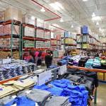 Piden evitar que se venda ropa en los supermercados