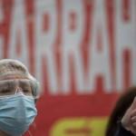 """Trabajadores del Hospital Garrahan marchan contra """"los bajos salarios en medio de la pandemia"""""""