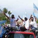 """Volver a la calle: la """"gente suelta"""" desbordó el centro porteño para festejar el Día de la Lealtad"""