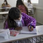 Provincia lanzó un plan para cubrir suplencias de docentes que sean grupos de riesgo
