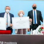La entrega del premio Juana Azurduy a Madres y Abuelas de Plaza de Mayo